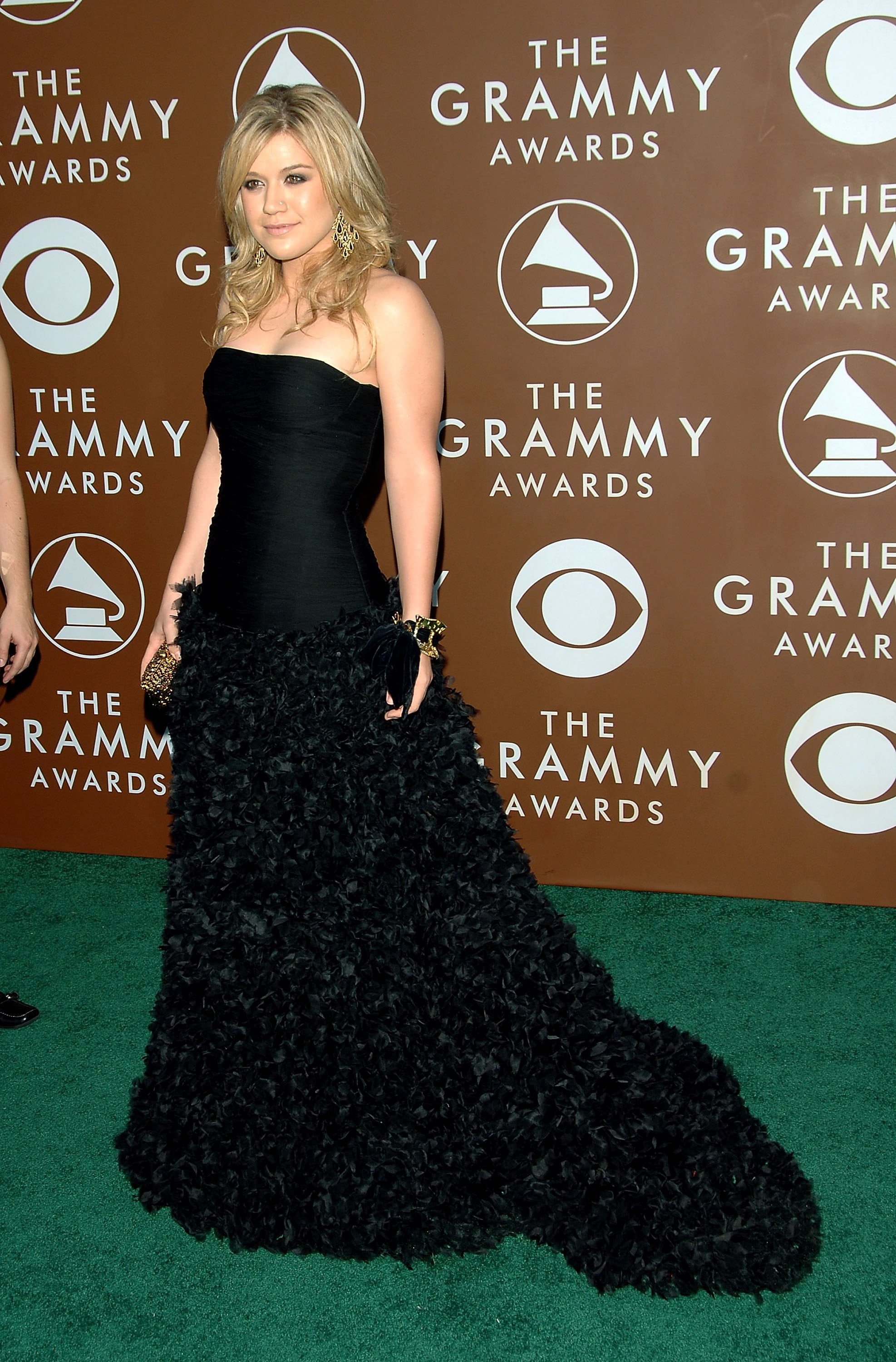Kelly Clarkson Grammy 03 Style Awards Alicia Keys