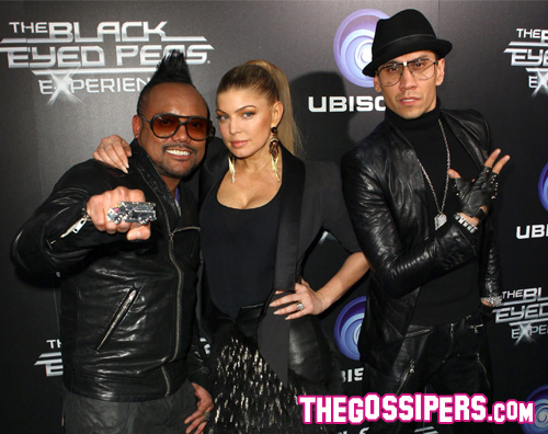 fergiebep I Black Eyed Peas al lancio del loro videogioco