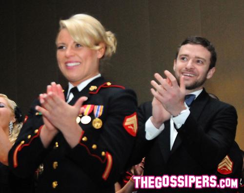 jt ballo marines Justin Timberlake al ballo dei Marines
