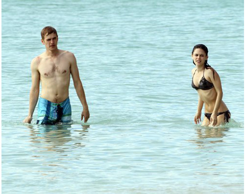 Is rachel bilson dating hayden christensen 2012