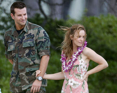 2 Bradley Cooper flirta con Rachel McAdams