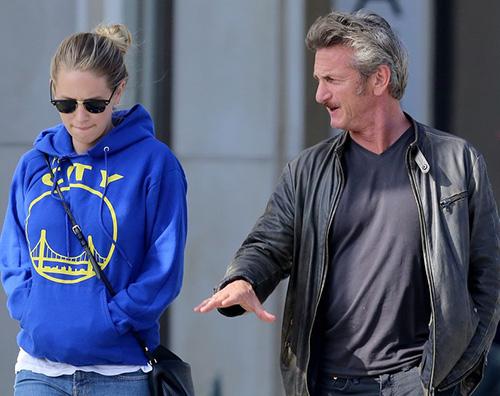 Sean Penn e Dylan Penn Sean Penn passeggia con sua figlia dopo la rottura con Charlize Theron