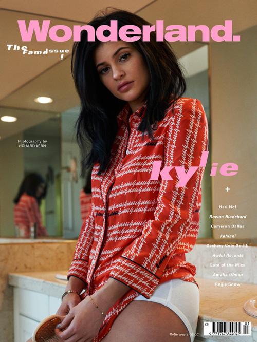 Kylie Jenner 2 Kylie Jenner: La gente pensa che io sia tutta rifatta