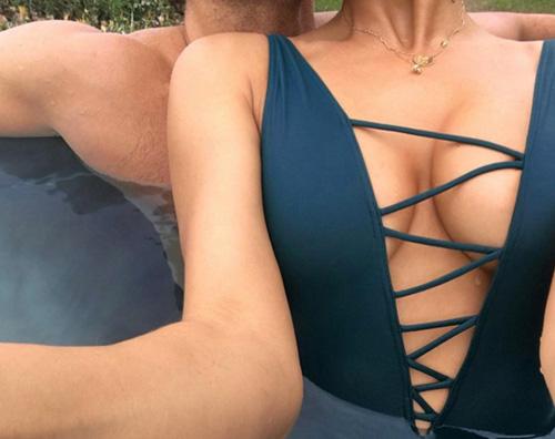 Irina Shayk Bradley Cooper Irina Shayk e Bradle Cooper, prima foto di coppia su Instagram