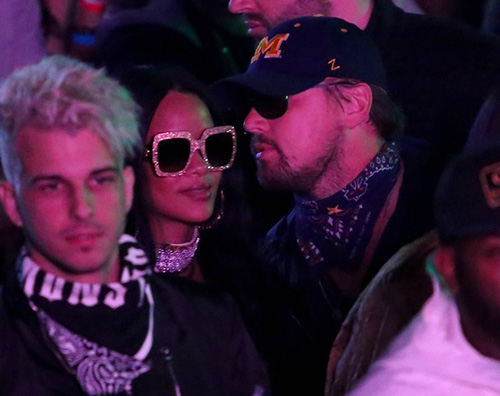 Leonardo DiCaprio Rihanna Leonardo DiCaprio e Rihanna chiacchiere al Coachella
