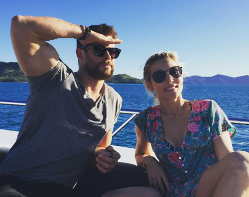 Chris Hemsworth 1 Chris Hemsworth ed Elsa Patacky non stanno divorziando
