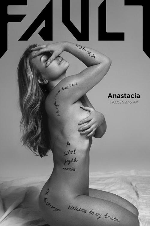 Anastacia 2 Anastacia si spoglia per Fault Magazine