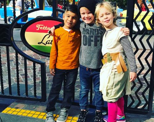 Hilary Duff 2 Hilary Duff a Disneyland con Luca