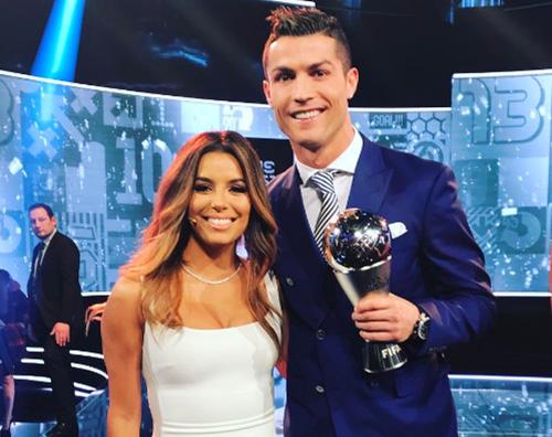 Eva Longoria Cristiano Ronaldo Cristiano Ronaldo ed Eva Longoria si incontrano ai FIFA Best Player Awards