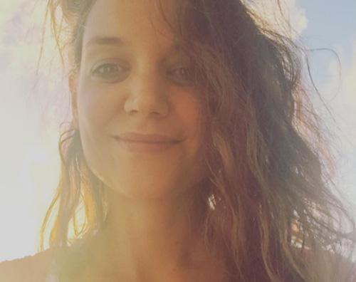 Katie Holmes Katie Holmes, selfie di buon anno