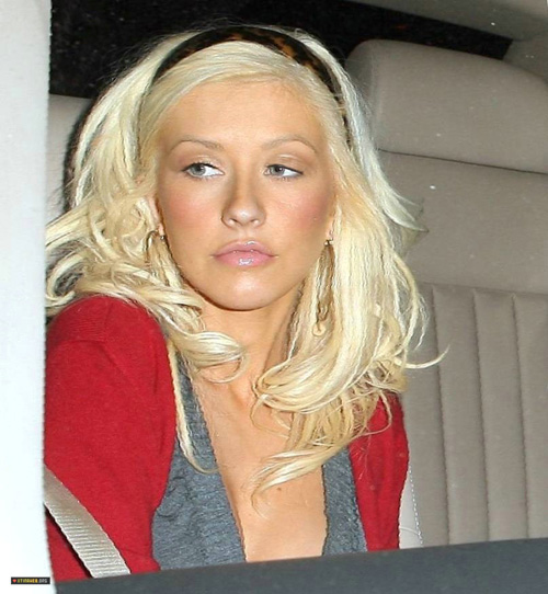 aguileranomakeup 7 Una lancia a favore di Christina Aguilera senza  make up