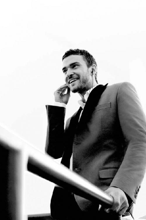 jg2 Justin Timberlake elegante per Givenchy