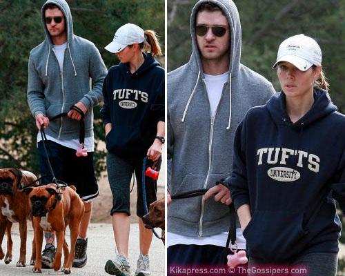 cagnolotti Justin e Jessica a spasso con i cani