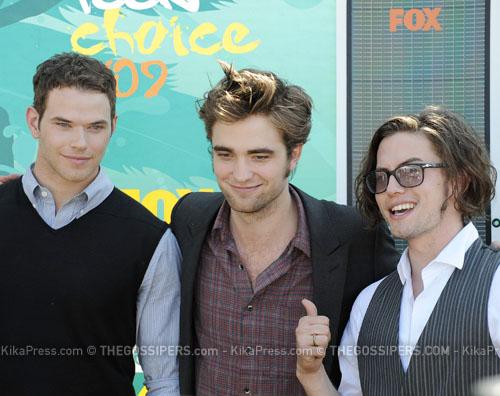 twilight cast Twilight trionfa ai Teen Choice Awards 2009