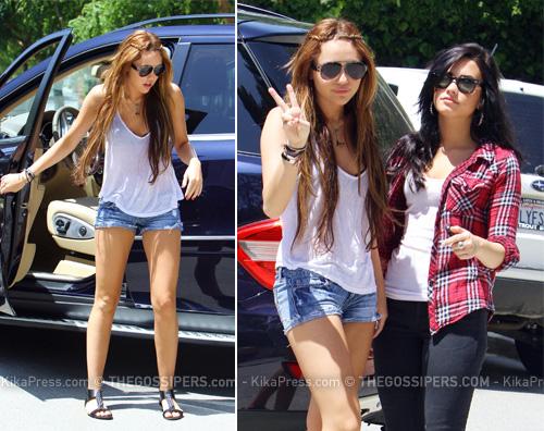 miley demi Miley Cyrus e Demi Lovato a Beverly Hills