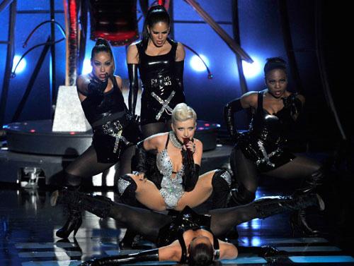 xtinaperformance I momenti più belli degli Mtv Movie Awards 2010