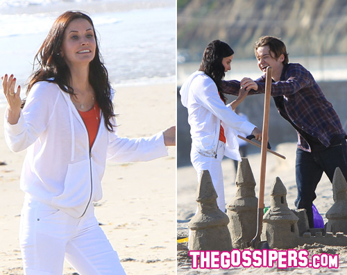 courtney spiaggia Courtney Cox si diverte in spiaggia