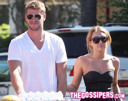 miley liam Miley e Liam insieme al supermercato