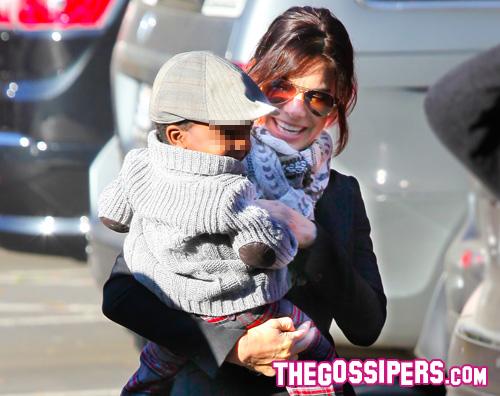 sandra louis Sandra Bullock felice e spensierata con Louis