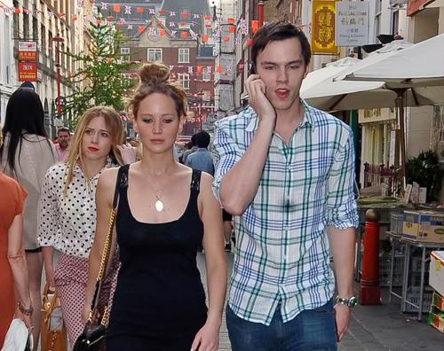 nicholas jennifer Jennifer Lawrence e Nicholas Hoult a Londra