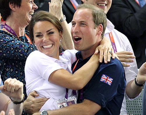 kate william Euforia e abbracci per William e Kate