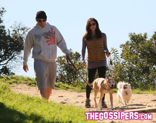 dewan tatum1 Passeggiata con i cani per Channing e Jenna