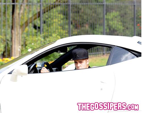 kikapress1 Morto un paparazzo che inseguiva la Ferrari di Bieber