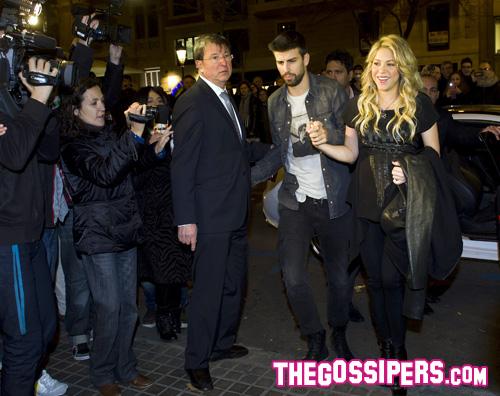 shakpiq2 Shakira mostra il pancione a Barcellona