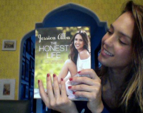 alba honest Jessica Alba fiera del suo primo libro