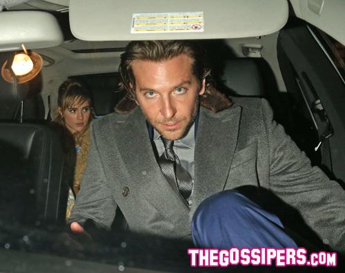 bradley Bradley Cooper beccato con Suki Waterhouse
