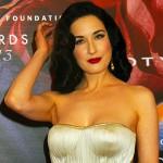 DitaVonTeese2 150x150 Taylor Swift in bianco per i FiFi awards