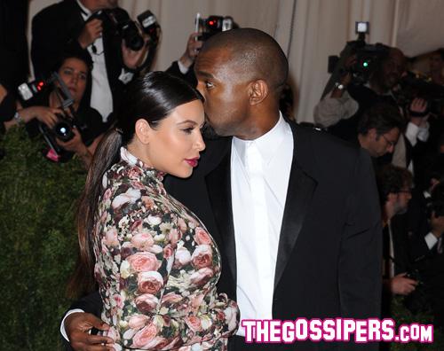 kk Kim Kardashian è diventata mamma!