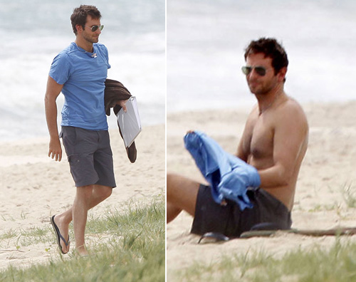 bradley spiaggia Bradley Cooper si rilassa alle Hawaii