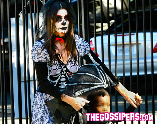sandra Sandra Bullock festeggia Halloween in anticipo