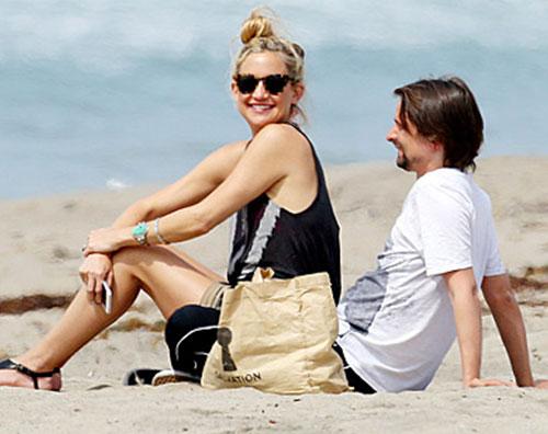 hudson1 Kate Hudson e Matthew Bellamy insieme a Malibu