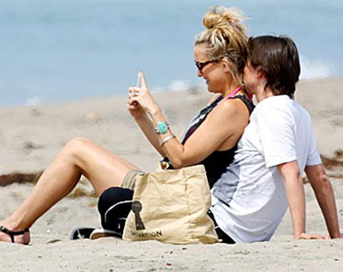 hudson2 Kate Hudson e Matthew Bellamy insieme a Malibu