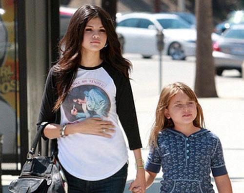 losangeles selena incinta Selena Gomez annuncia: Aspetto un bambino!