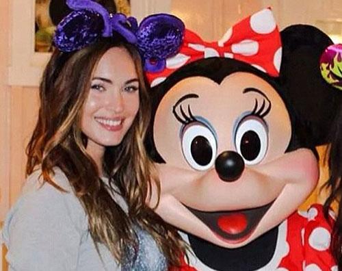 megan bminnie Pasqua a Disneyland per Megan e Brian