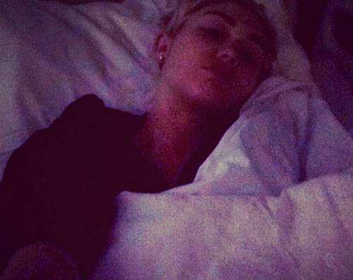 miley ospedale Miley Cyrus rimane in ospedale