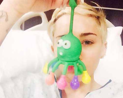 mileyospedale Miley Cyrus ricoverata in ospedale!