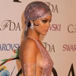 Rihanna 150x150 Le trasparenze di Rihanna protagoniste dei CFDA 2014