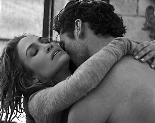 jennifer gandy1 Jennifer Lopez e David Gandy hot per un nuovo video