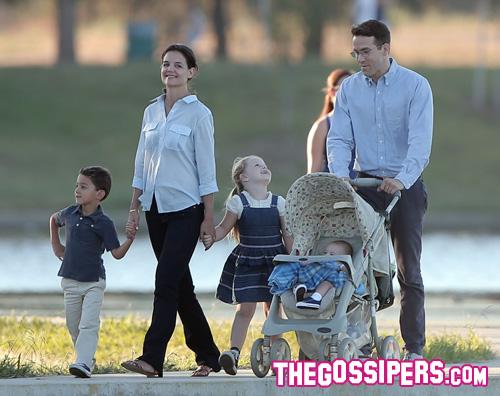 katieryan Katie Holmes e Ryan Reynolds sono una famiglia felice