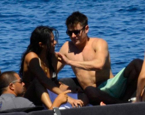 michellezac Bacio in barca tra Zac Efron e Michelle Rodriguez!