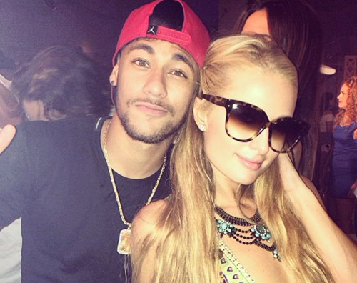 neymar2 Paris Hilton in discoteca con Neymar
