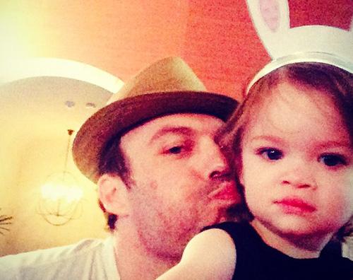 """Noah Brian Austin Green: """"Se mio figlio vuole indossare abiti da principessa, buon per lui"""""""