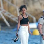 rihanna2 150x150 Rihanna dopo le foto rubate si rilassa in Francia