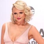 Miranda Lambert3 150x150 Lassenza di Taylor Swift si fa notare ai CMAs 2014