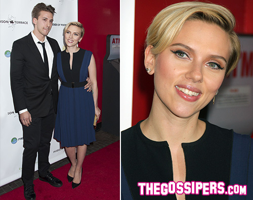 Scarlett Johansson1 Scarlett Johansson in blu per un evento benefico