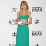 Taylor Swift2 150x150 AMAs 2014: Tutti i look sul red carpet